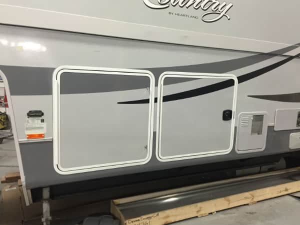 finish repair fifth wheel